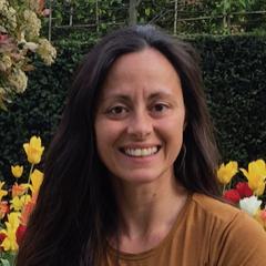 Dr. Monica Basta